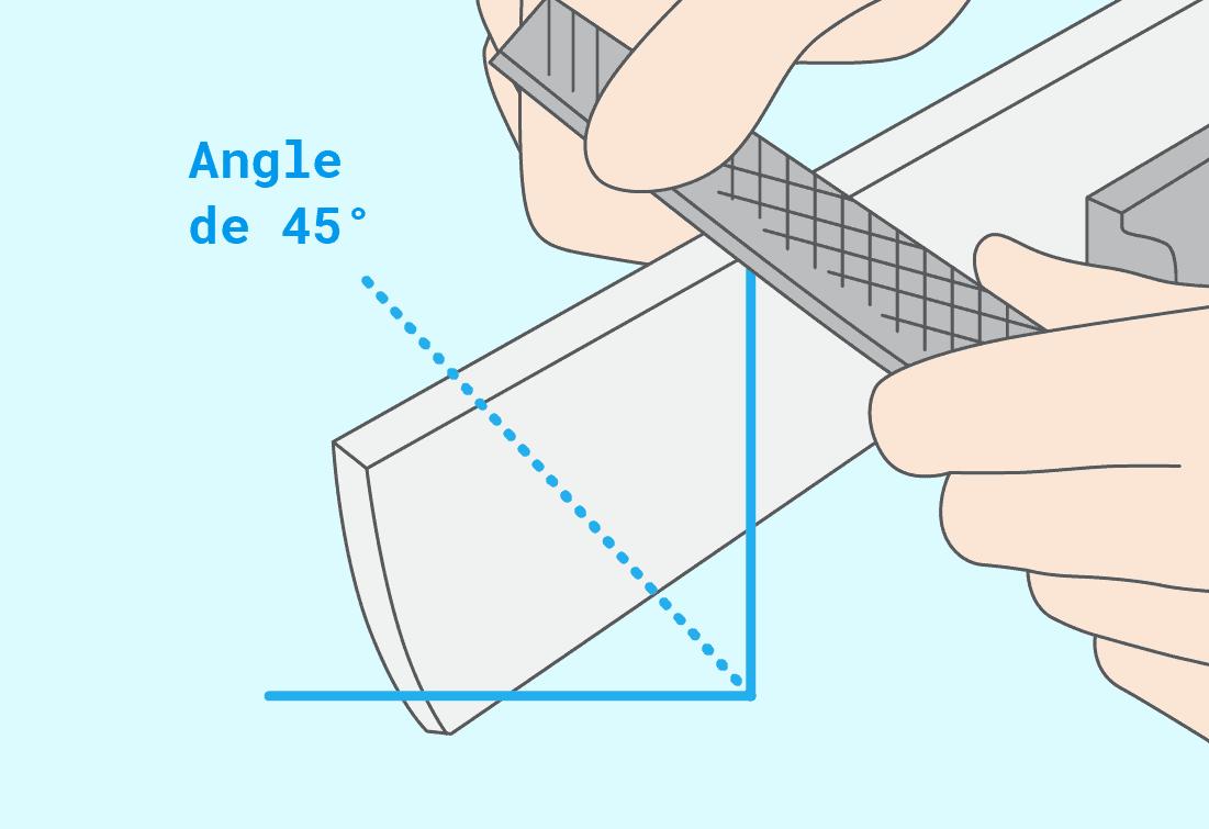 Incliner légèrement le disque ou la lime et se déplacer le long de la lame en suivant l'angle de coupe afin de lui redonner son tranchant